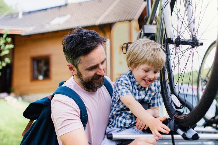 Strešni nosilci za kolo